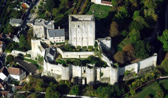 The Castle of Loches (Photo by Lieven Smits from Wikimedia Commons)