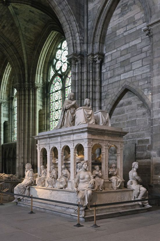 Tomb of Anne of Brittany and King Louis XII in the Basilica of Saint-Denis.  Photo by Myrabella from Wikimedia Commons