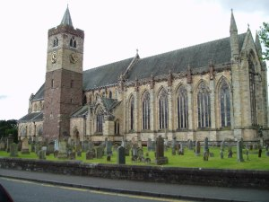 Dunblane Cathedral (Photo by Kevin Rae from Wikimedia Commons)