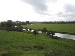 The River Nene flows by the south of the site of Fotheringhay Castle (Photo by the author)