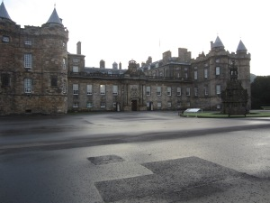 The Royal Palace of Holyroodhouse (Photo by the author)