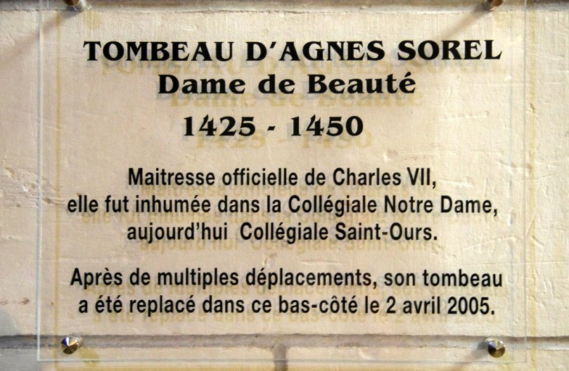 Plaque from Agnes' new tomb (Photo by Marc Roussel, https://www.flickr.com/photos/7478087@N06/12014095756)
