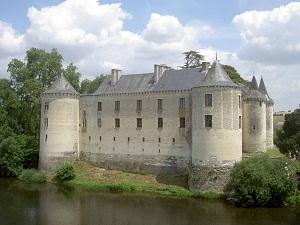Château de la Guerche (Photo by Cdlg from Wikimedia Commons)