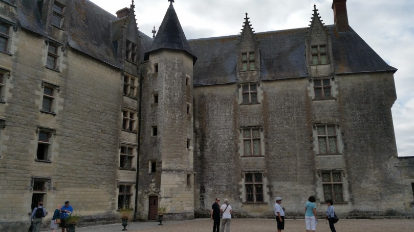 Inner courtyard of the Château of Langeais  (Photo copyright of The Freelance History Writer)